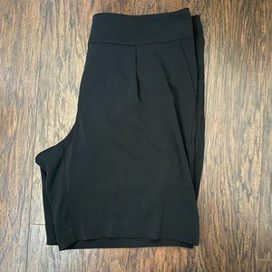 NWT Alfani Plus Bermuda Pleated Wide Leg Shorts